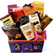 happy halloween gift basket sweet goodies www popbasket com