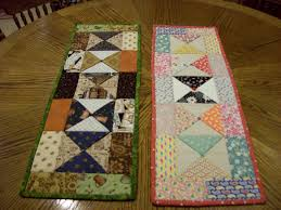 more charm packs table runners sewing time pinterest charm