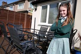 Asda Garden Furniture Watford Mum Urges Asda To Take Action After Garden Table