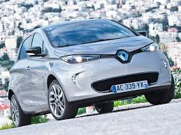 renault dubai dewa buys 8 renault zoe electric cars plans 100 charging stations