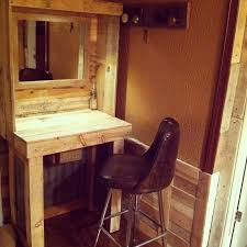 Pallet Kitchen Island by Pallet Makeup Vanity My Projects Pinterest Makeup Vanities