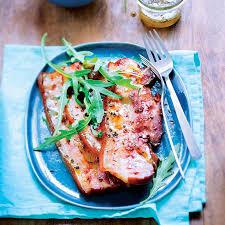 cuisiner poitrine de porc poitrine de porc au miel et aux épices recettes ducros