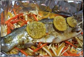 cuisiner truite au four truite saumonée aux petits légumes en papillote l atelier de boljo
