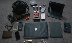 travel tech images Travel aid gadgets to travel with jpg