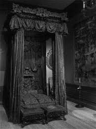 Gothic Bedroom Furniture by Pin By Autumn Moon On Victorian Goth Vampires Pinterest Gothic
