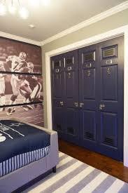 Locker Room Bedroom Set Best 25 Football Theme Bedroom Ideas On Pinterest Football