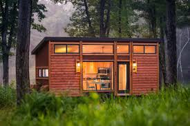 the cottage on wheels by escape homes
