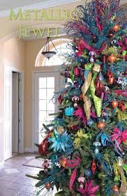 bent and colorful tree i adore this decor