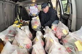Flower Delivery Syracuse Ny - local florists use u0027delivery pool u0027 to make sure flowers arrive on