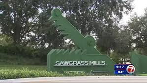 sawgrass mills mall to open at 10 a m on thanksgiving wsvn