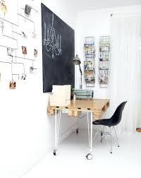 plan de bureau en bois plan de bureau en bois fabriquer un bureau soi mame 22 idaces