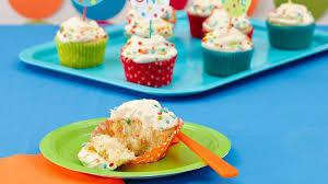 confetti cupcakes recipe bettycrocker