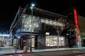 lighting stores santa monica analysis of nike store blog de window dressing