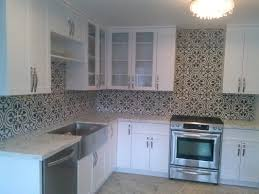 Kitchen Tile Idea Best 25 Tropical Tile Ideas On Pinterest Tropical Bathroom