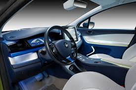 renault zoe interior renault offers a glimpse into its 2020 next two autonomous vehicle