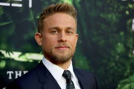 how to get thecharlie hunnam haircut charlie hunnam says f k you guys to internet trolls ny daily news