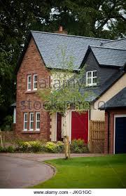 villa style homes large suburban house uk stock photos large suburban house uk