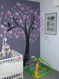 chambre bébé violet chambre mauve bebe mobilier décoration