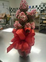 chocolate covered strawberry bouquets chocolate covered strawberry bouquet so easy to make