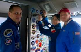 the singing soyuz tma 15m crew arrive at the iss