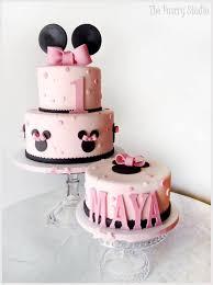 best 25 mini mouse cake ideas on pinterest minnie mouse cake