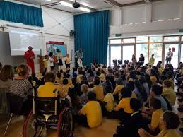 racing driver pilots road safety scheme at laycock primary