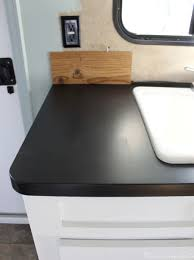 can i use chalk paint on laminate kitchen cabinets painting laminate countertops with chalkboard paint
