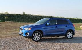 mitsubishi rvr 2015 in photos 2015 mitsubishi rvr inside and out the globe and mail
