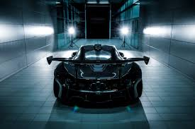 mclaren supercar p1 i am supercar mclaren u0027s 986 hp p1 gtr vs ford u0027s naughty 600 hp