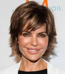 razor haircuts for women over 50 short haircuts for older women lisa rinna 5 celebrity endorsed