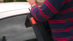dodge stratus 2002 lock out solution unlocking the door when you