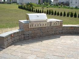 Brick Designs For Patios by Brick Patio Design With Fire Pit And Seating Walls Firepit