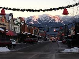 montana vacation blog christmas decorating art walk and