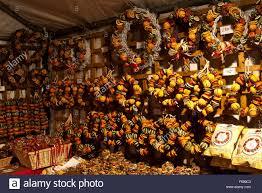 lincoln chriskindlemarkt a booth selling fragrant fruit