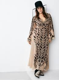 Plus Size Fashion Stores H U0026m Won U0027t Carry Plus Size Clothes Modeled By Ashley Graham In Stores