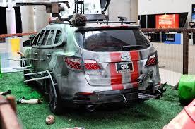 hyundai jeep 2013 2014 hyundai tucson walking dead edition shown at 2013 l a show