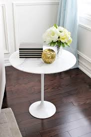 Tulip Side Table by Am Dolce Vita Style A Marble Tulip Side Table