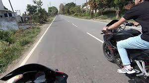 honda cbr150r mileage on road bajaj pulsar rs 200 vs honda cbr 150 race youtube