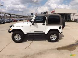 stone white 2004 jeep wrangler rubicon 4x4 exterior photo