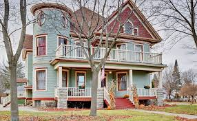 At Home Vacation Rentals - 6br shawano house w 4 covered porches homeaway shawano