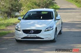 2013 volvo v40 d4 kinetic review video performancedrive