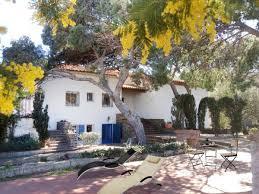 chambres d hotes port vendres villa bleu terrasses domaine val auclair chambre d hôtes à port