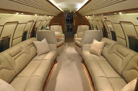 comparing first class to private jets presidential aviation