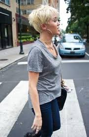 miley cyrus type haircuts miley cyrus pixie blond short hair before the summer is over