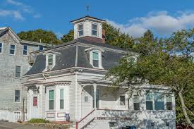 house with tower hocus pocus filming locations in salem massachusetts
