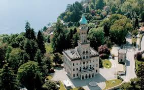 best italian lakes hotels travel