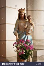 mary jesus statue stock photos u0026 mary jesus statue stock images
