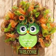 fun owl deco mesh wreath for summer and fall