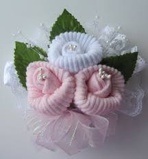 How To Make A Wrist Corsage Best 25 Baby Sock Corsage Ideas On Pinterest Baby Cupcake Gift