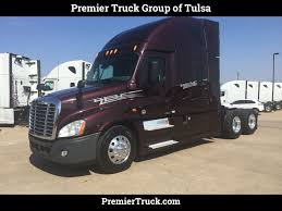 freightliner used trucks 2014 used freightliner cascadia evolution at premier truck group